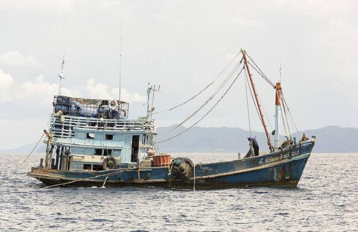 Thai-fishing-boat.jpg