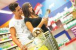 couple-in-pet-food-aisle