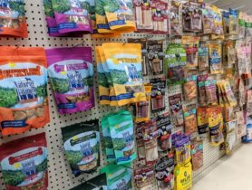 Pet-treat-packaging-pouches