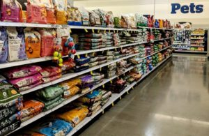 pet-food-store-aisle-packaging