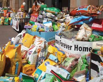 Petfood-donations-for-disaster-relief-1307PETdisasters